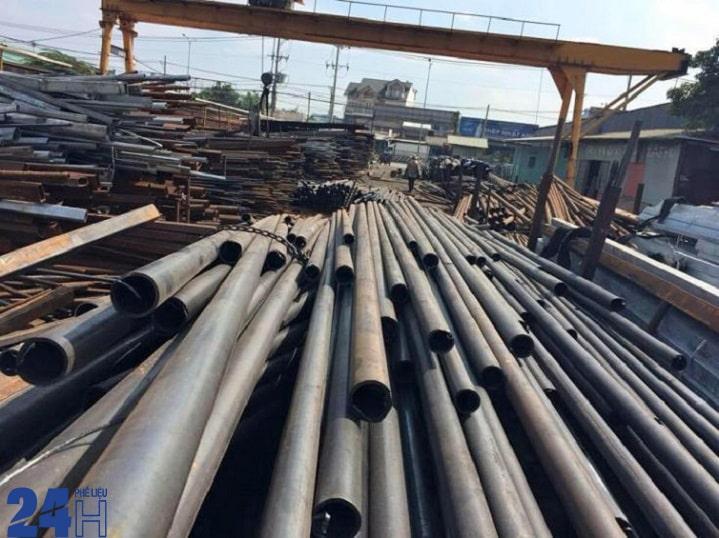 Vậy các loại sắt thép ở trên được sắp xếp theo các loại sắt nào?